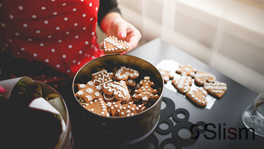 gingerbread cookies in a bowl