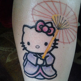 Hello Kitty in geisha dress