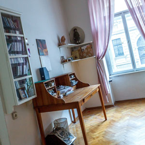 how-not-to-be-nervous-005-clean-room