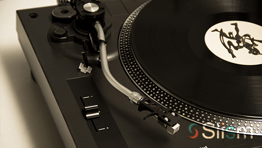 Modern vinyl player
