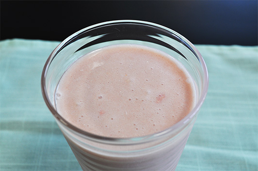 strawbery-flavored milk protein shakes surface