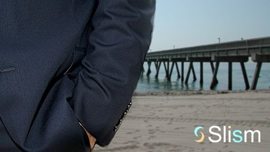 Suit with cufflinks at the beach