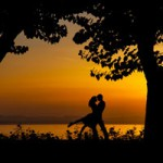 Am I in Love? 7 Signs of True Love That Are Clear as Day   Slism