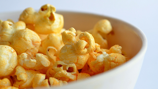 Popcorns in a white bowl
