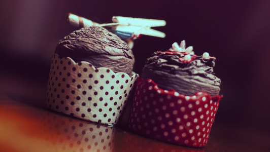 Two cupcakes made of paper